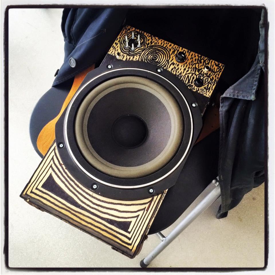 Soundboxes Workshop Lm386 Cigar Box Amp Wiring Diagram Heerlen Day Three King Mobe 03