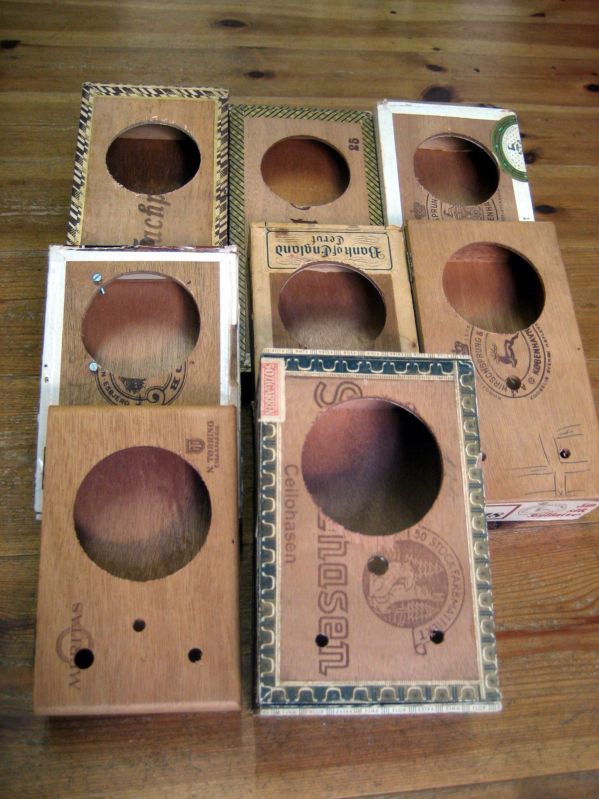 77mm-boxes-400x533.jpg
