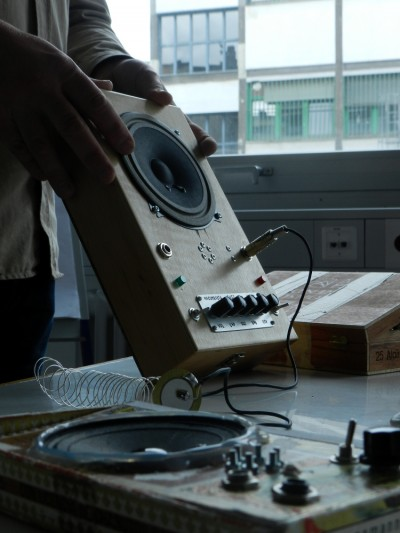 fuzztone soundbox by charlotte rauth-01